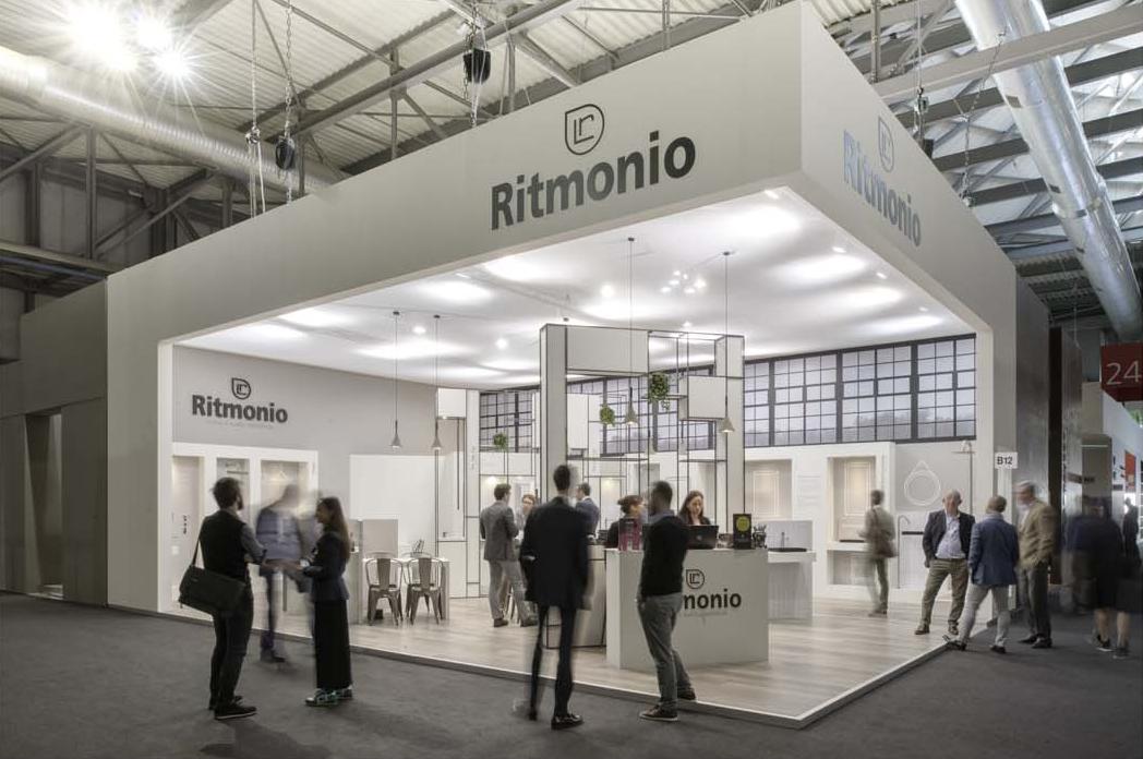 Ritmonio stand salone del mobile 2016 lana savettiere for Stand salone del mobile